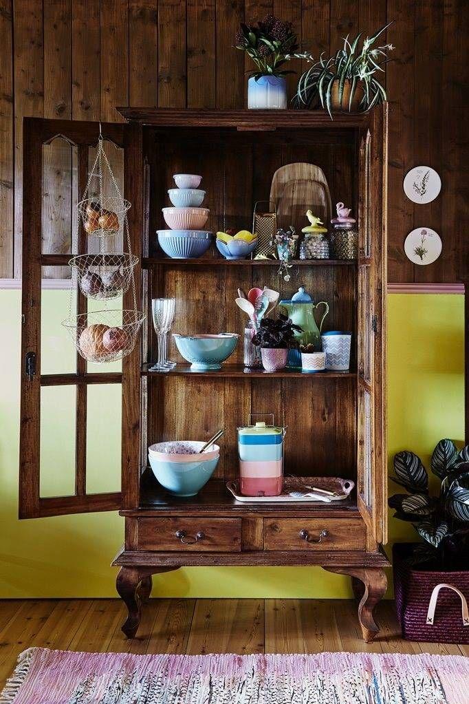 Driedelige hangmand van goudkleurig draad. Een mooie en handige opberger voor elke kamer in huis. Shop de leukste en nieuwste spullen van Rice Dk.