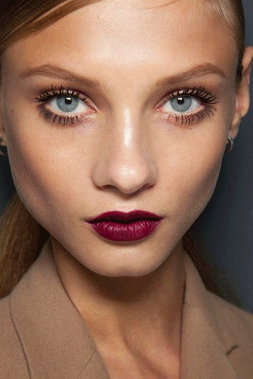 Plum lips and Twiggy mascara.. Love the look?
