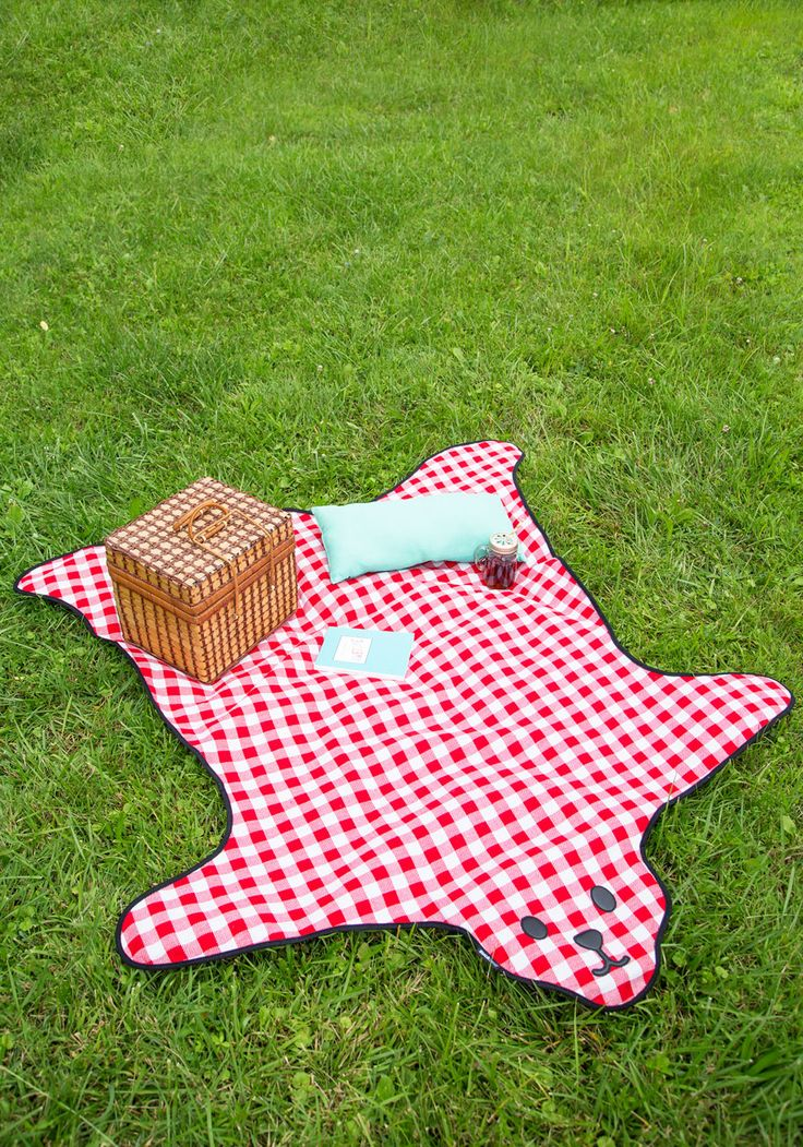 Bear and Wine Picnic Blanket