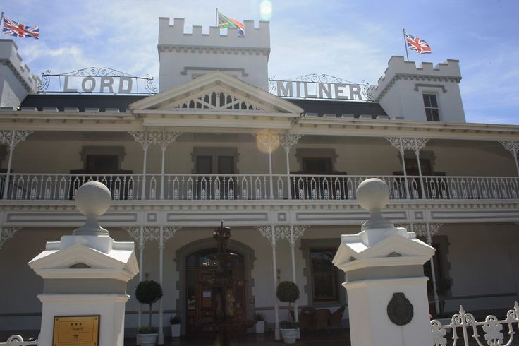 The Lord Milner Hotel in Matjiesfontein. Old world elegance and, if local folk lore could be believed, home to a few ghosts;)