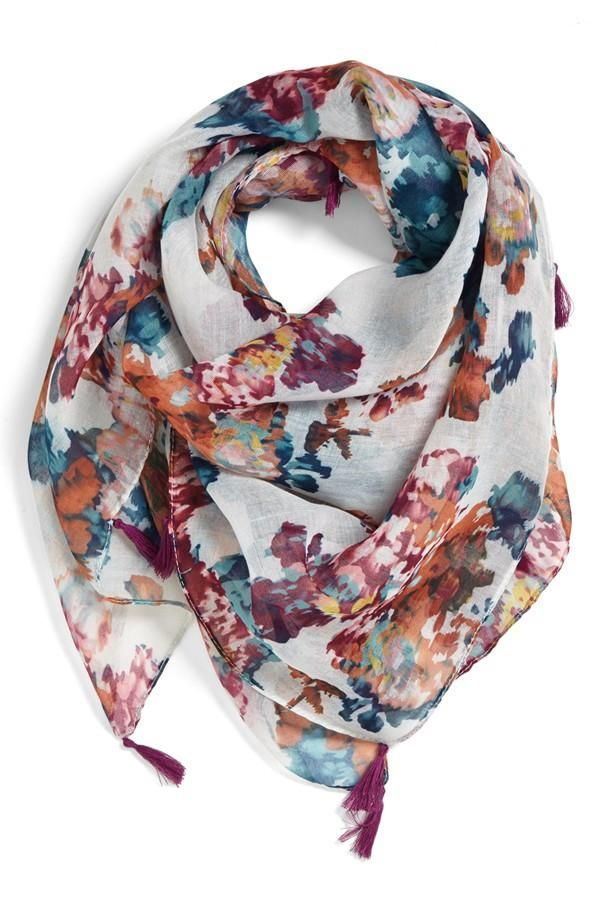 Great light scarf for spring.