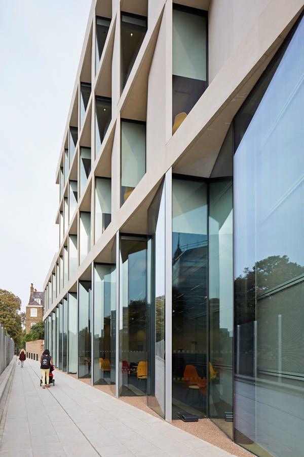 Akademie- und Bibliotheksgebäude, University of Greenwich, Heneghan Peng Architects, London