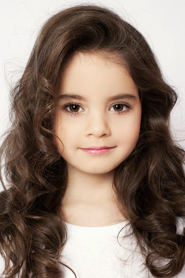 elizabeth zarova brown eyes brown hair long 6 years old