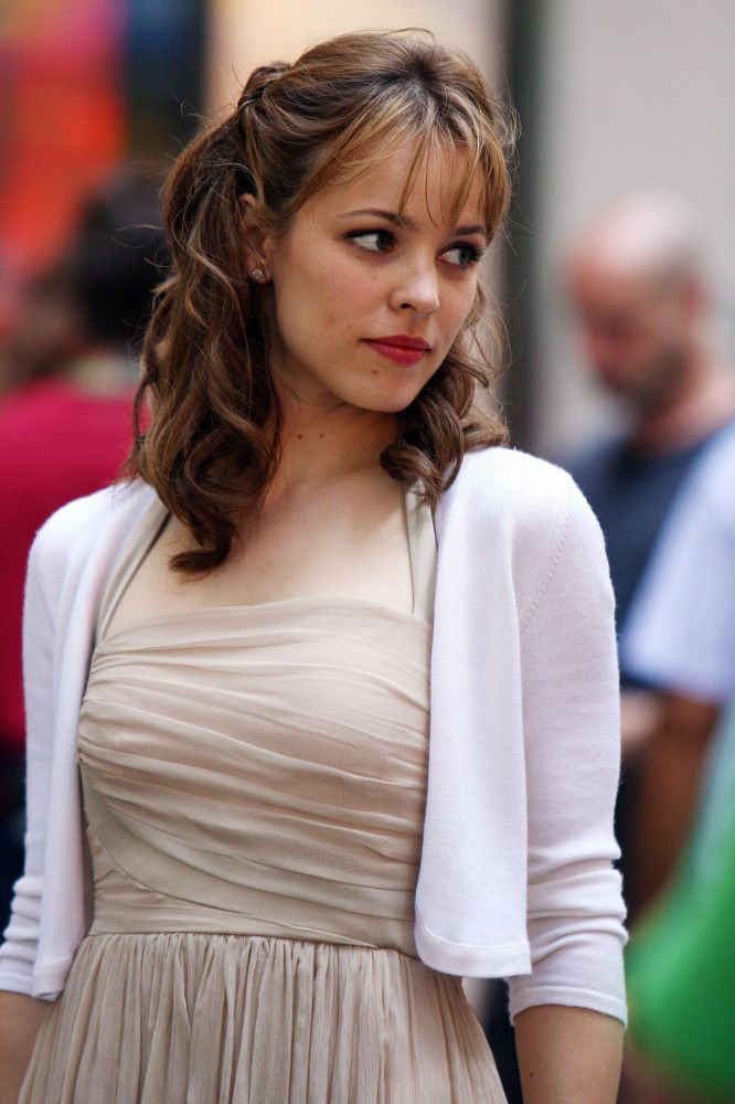 cute hairstyle, pretty highlights | Rachel McAdams