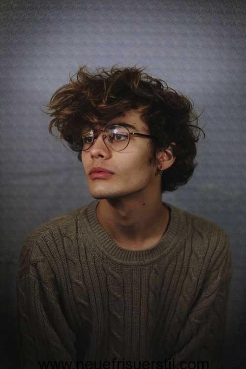 Trending Jungen Frisuren und Schnitte für einen Neuen Look