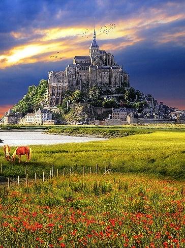 Mont Saint Michel      More Travel & Photography Inspiration:  http://facebook.com/GoForFunComAu  http://GoForFun.com