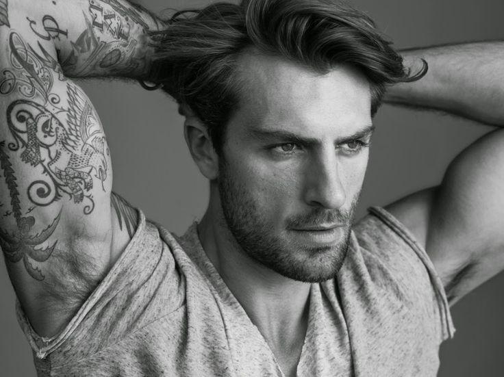 RAFAEL LAZZINI: Official Model Site: Agency photos