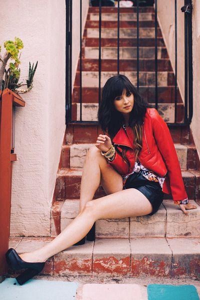 edgy / feminine: Things Fashion, Red Leather Jackets, Fashion Fabs, Photo
