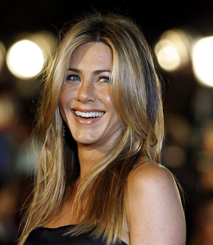 Jennifer Aniston Turns 45, Has Not Aged Since 1995