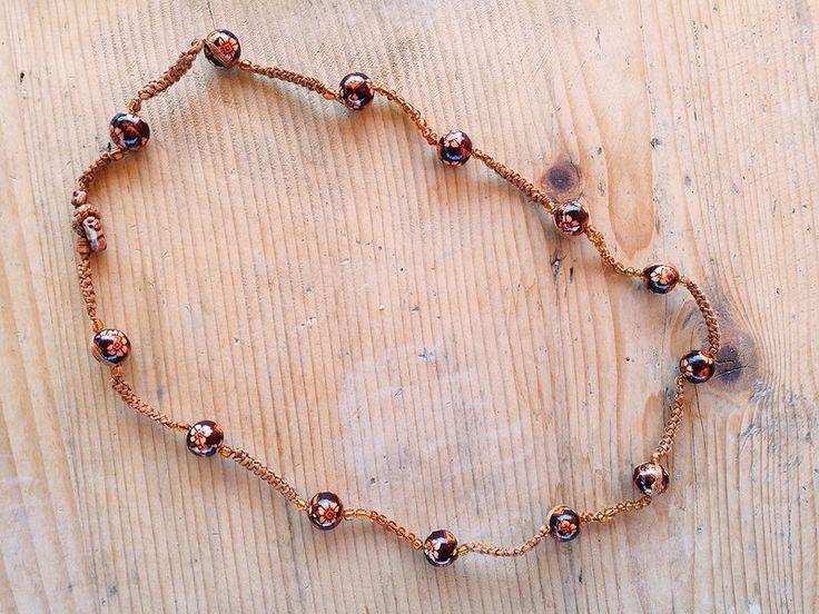 Collane medie - Collana boho perle di legno a fiori - un prodotto unico di Valeria-Draws su DaWanda