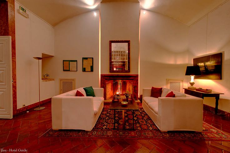 Palacio Belmonte, Lisbon, Portugal. Easy Hotel Guide #interior #chimney #hotel #easyhotelguide #hospitality #hotelguide #travel #portugal #lisbon #palace #design #architecture #contemporary #history #sustainable