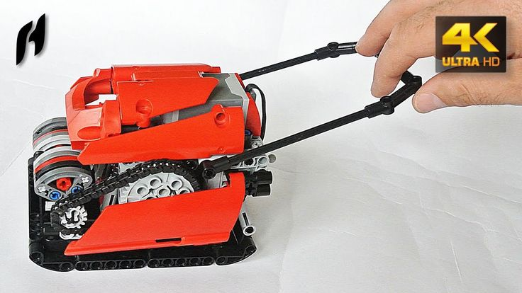 Vibratory Plate Compactor (Lego Technic MOC)