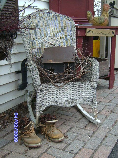 Primitive porches submitted by willowtreeprimitives 2009 for Country porch catalog