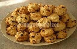 Perişan kurabiye derken aslında oldukça lezzetli bir kurabiyeden bahsediyoruz. Siz bu kurabiyenin adının perişan olarak söylenmesine bakmayın. Bu kurabiyelerin sadece görüntüsü perişan gibi, lezzet…