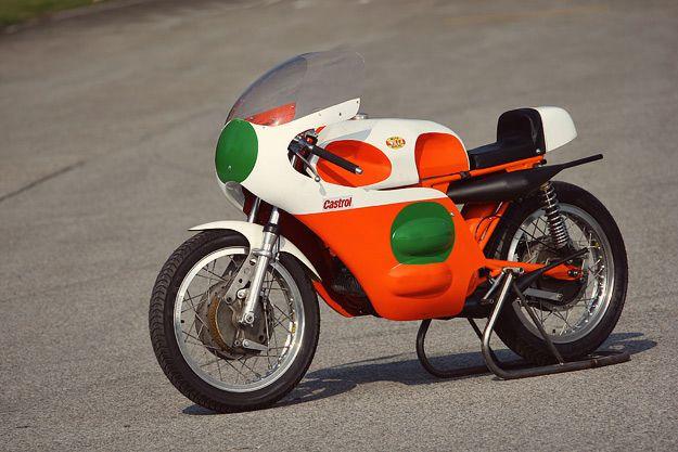 classic-racing-motorcycle-1.jpg (625×417)