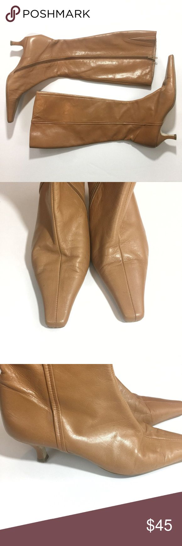 Vintage Zara Tan Knee High Kitten Heel Boots 39/9 A beautiful pair of tan colored knee high boots with a kitten heel by Zara. Zips down the side. Size 39/9. Zara Shoes Heeled Boots