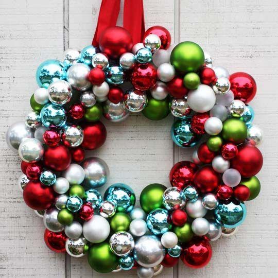 DIY Ornament Wreath: Christmas Wreaths, Christmas Crafts, Christmas Decoration, Diy'S Christmas, Diy'S Ornaments, Christmas Ornaments, Holidays Wreaths, Ornaments Wreaths, Diy Christmas