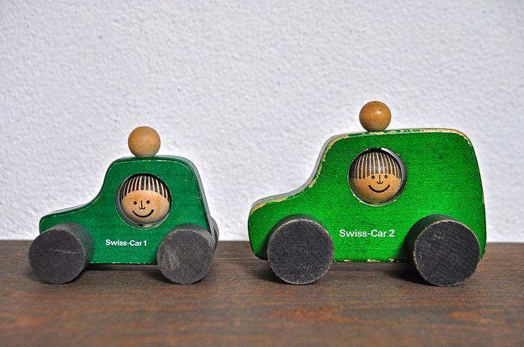 Swiss car 1 + Swiss car 2 Design Peter Schweizer-Scolari by Naef Spiele