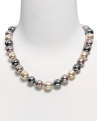 "Majorica Baroque Pearl Necklace, 20"" Praying to the consignment gods."