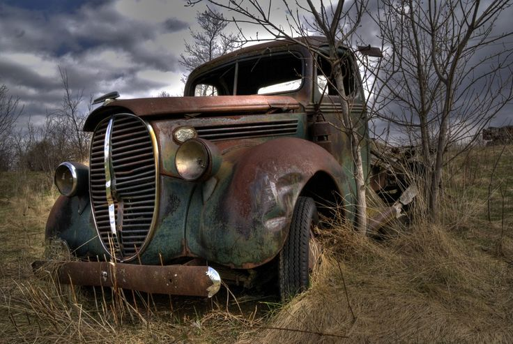 old cars in a field | Found this 1939 Ford Truck in a field just off the highway. I got ...