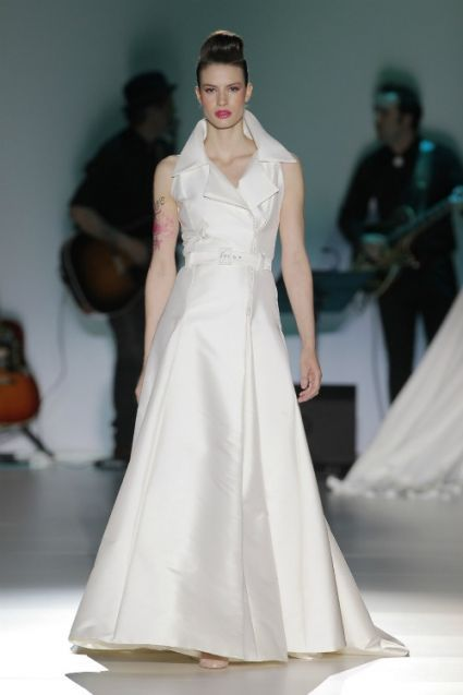 Isabel Zapardiez 2014. Photo: Barcelona Bridal Week...Beautiful & classy. Adjust the skirt length to fit your wedding theme.