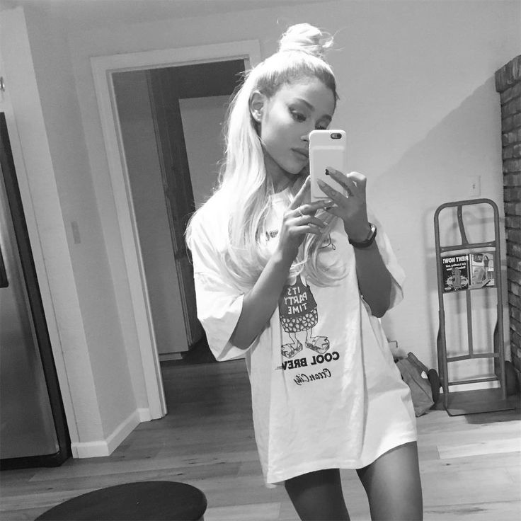 Peace, hugs & hippie love  Snapchat: PerrieSnap