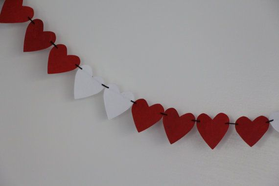 Check out this item in my Etsy shop https://www.etsy.com/listing/221451508/paper-heart-garland-1-metre