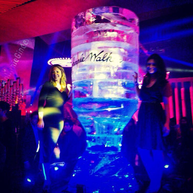 #eventplanner #weddingplanner #escultura de hielo #figuradehielo #party #bartender #johnniewalker #bodas #xvaños #arteenhielo #artedehielo #artefrio #pabloiceman #esculturadehielo #eventos #mexico #cdmx