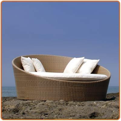 Beach furniture liocollection.com - Indonesian rattan
