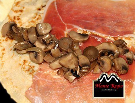 Crepe de jamón ibérico #MonteRegio y champiñones ¡Se nos hace la boca agua!
