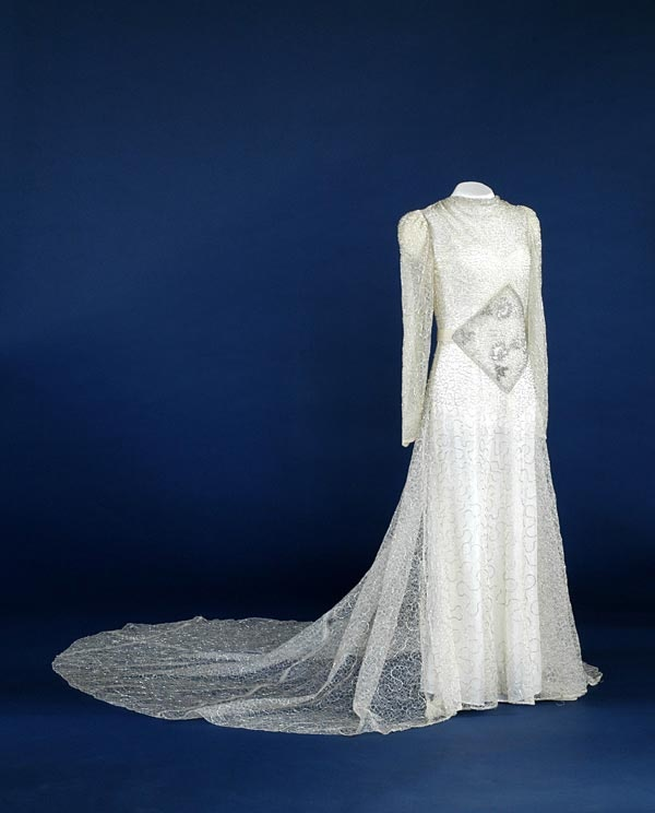 Wedding Gowns Indianapolis: 1000+ Images About Wedding Dresses On Pinterest