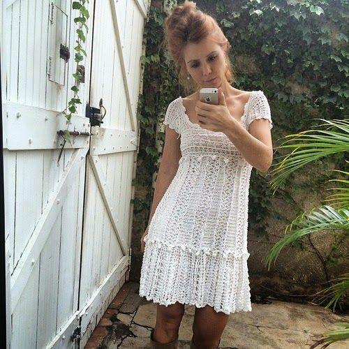 crochelinhasagulhas: Vestido de crochê by Vanessa Montoro