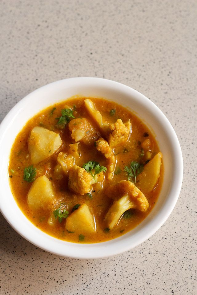 aloo gobi - indian style cauliflower and potatoes #vegan #indian