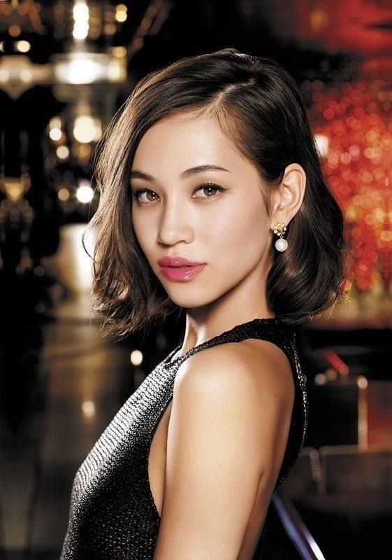 (1) WE LOVE 水原希子 kiko Mizuhara 水原佑果 yuka Mizuhara (via https://www.facebook.com )