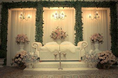Pelamin – Malay Wedding Style. The Bride