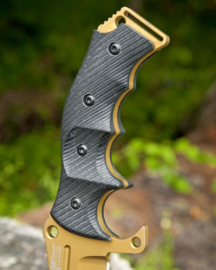 #NEW #GOLD #MTECH #XTREME #EXTREME #5MM #THICK #BLADE #HUNTING #TACTICAL #MILITARY #KNIFE #Igmilitia #Knivesofinstagram #Knives #Outdoors #Tacticool #Stainlesssteel #EDC #Everydaycarry #Pocket #Titanium #Coat #SAW back. Available for #sale at : -  http://www.cutlerywholesaler.com/gold-mtech-xtreme-5mm-thick-blade-hunting-tactical-military-knife.aspx