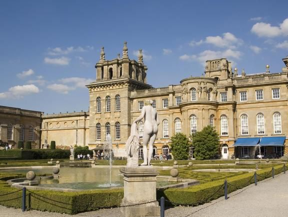 Check out Palácio de Blenheim on VisitBritain's LoveWall!