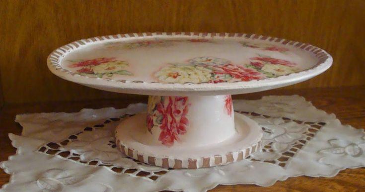 """Creando Sueños: Posa tortas """"retro"""" reciclando recipientes de telgopor y cds"""
