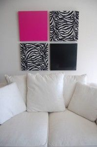 Zebra Print Wall Decor-Easy and Stylish Decor Ideas at http://diyhomedecorguide.com/zebra-print-wall-decor/