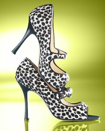 Manolo Blahnik - Click image to find more hot Pinterest pins: Fashion, Manolo Blahnik, Beautiful, Manoloblahnik, The Cities, Leopards, Animal Prints, Walks In, Vintage Style