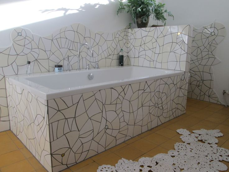 Art project - Mosaic bathroom made by Marianne van den Berg