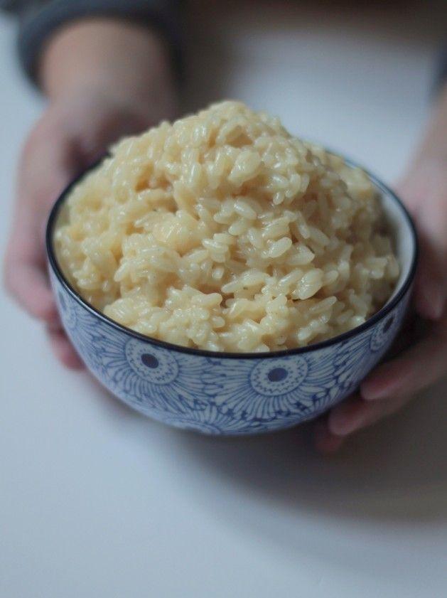 La belle Nigella de retour dans ma cuisine avec une petite recette goûteuse et facile dont elle a le secret. Voici sa version du risotto, avec une petite touche anglaise grâce au cheddar, un fromage bien de chez eux mais qu'on trouve maintenant très facilement...