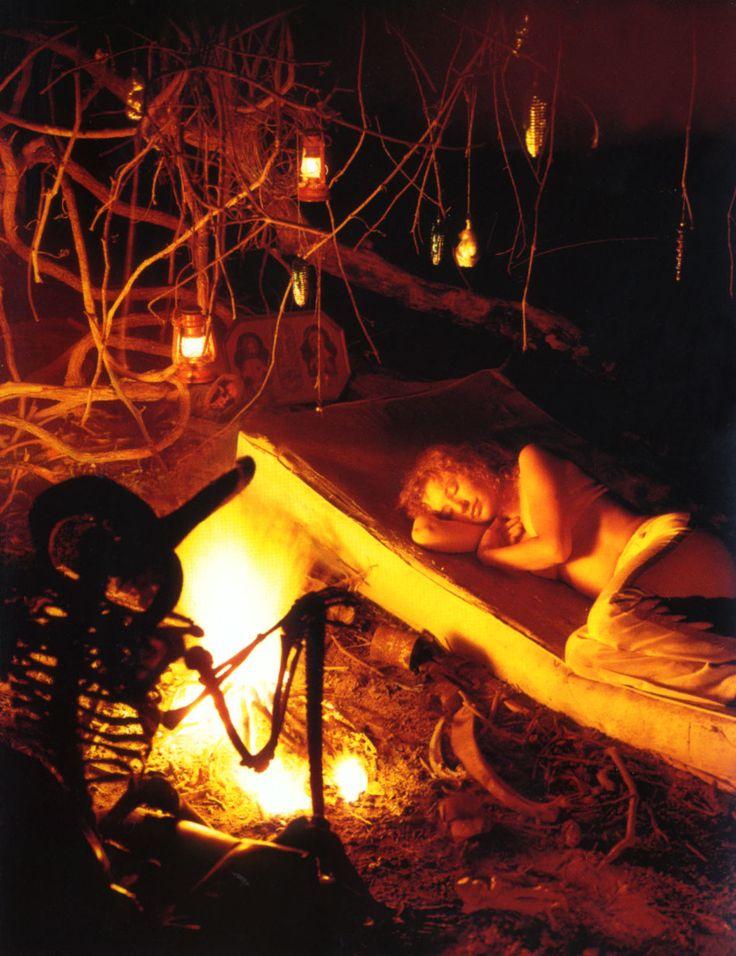 sleep outside : Music, London Girls, Muse Tori, No Tori Ous, Mother Pele, Boys, Tori Amos, Ellen Tori, Photo
