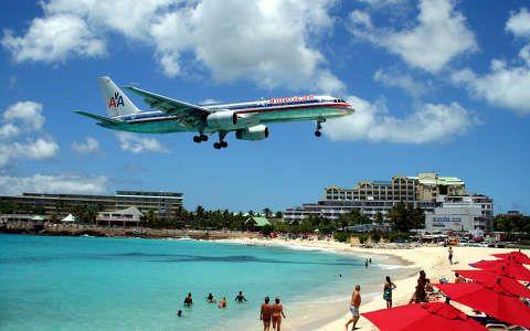 Holland Antillák, Maho Beach.