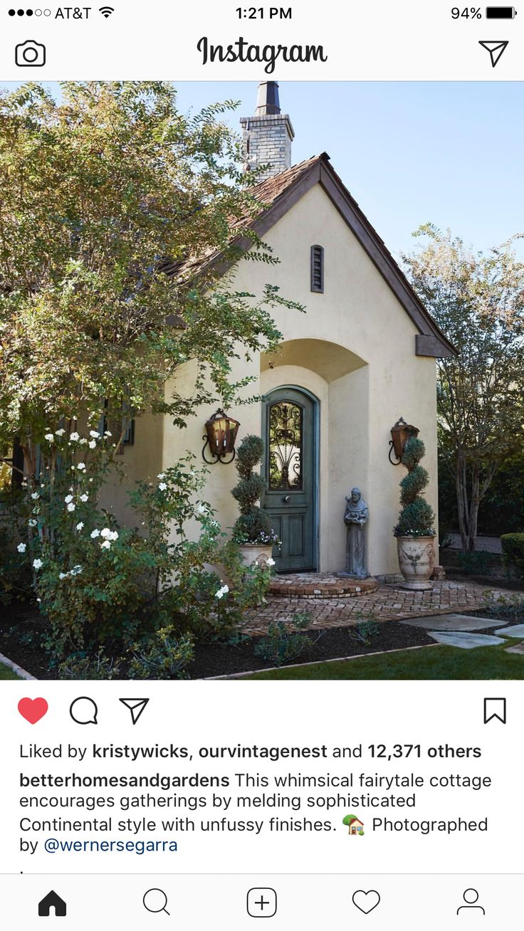 Stucco Homes, Fence, Stucco Houses, Composite Fencing, Post And Rail Fence