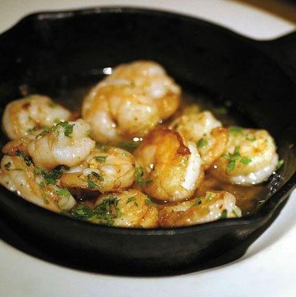 Heerlijk recept met garnalen, knoflook en rode peper. Echt jammie.
