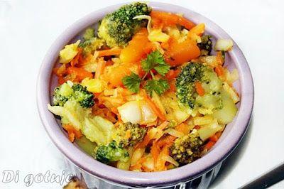 Di gotuje: Surówka z białej kapusty z brokułem