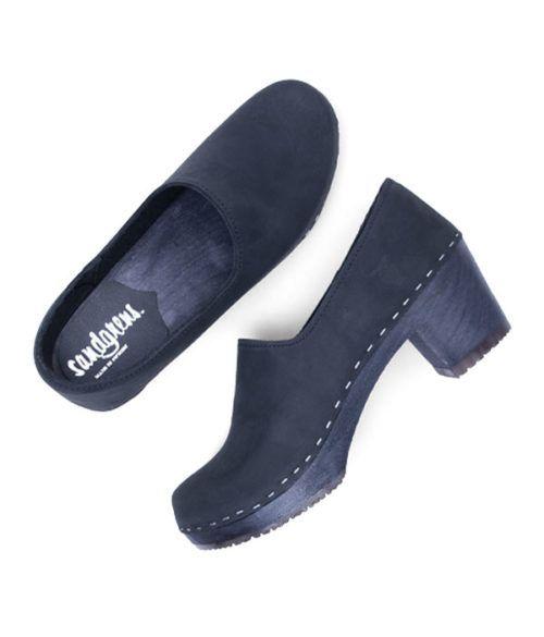 clogs black 3