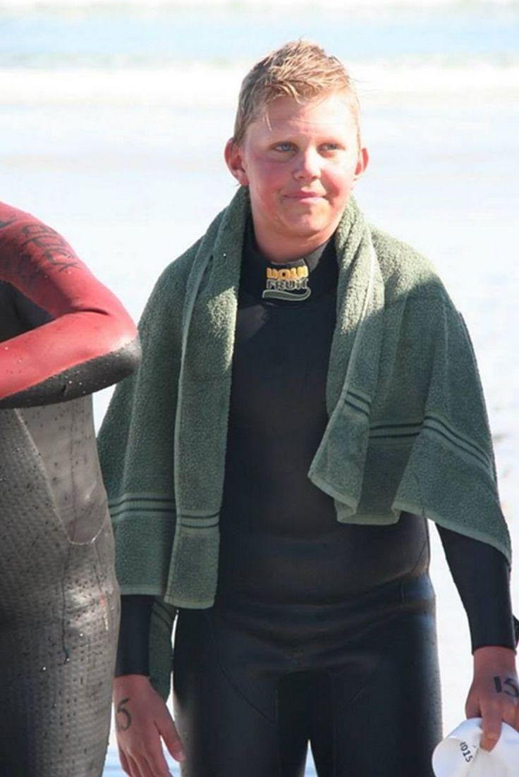 Zac Ellis Completes the Milnerton Lighthouse Swim  
