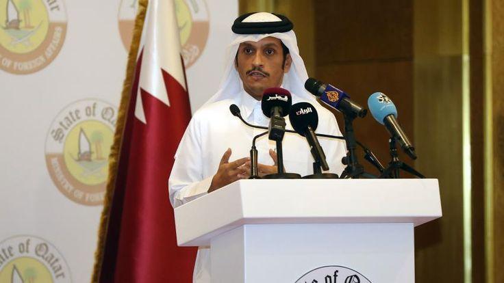 Tolak Tuntutan Qatar Serukan Dialog  Menlu Sheikh Mohammed bin Abdulrahman Al-Thani  SALAM-ONLINE: Menteri Luar Negeri Qatar menegaskan pada Rabu (5/7) bahwadialog adalah jawaban atas masalah di wilayah ini. Qatar akan menyambut upaya serius untuk memperbaiki hubungan ujarnya seperti dilansir The New Arab Rabu (5/7).  Namun terlepas dari proposisi ini Menlu Sheikh Mohammed bin Abdulrahman Al-Thani memprediksi pertikaian tersebut akan berlanjut untuk jangka waktu yangtidak terbatas.  Qatar…